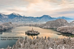 Bled Winter Morning-www.slovenia.info_Franci_Ferjan